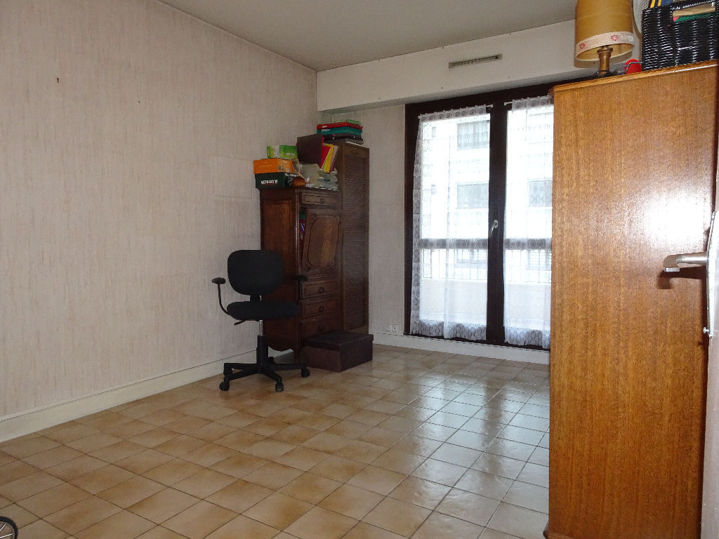appartement-centre-ville-yerres-3-piece-s-73-m2