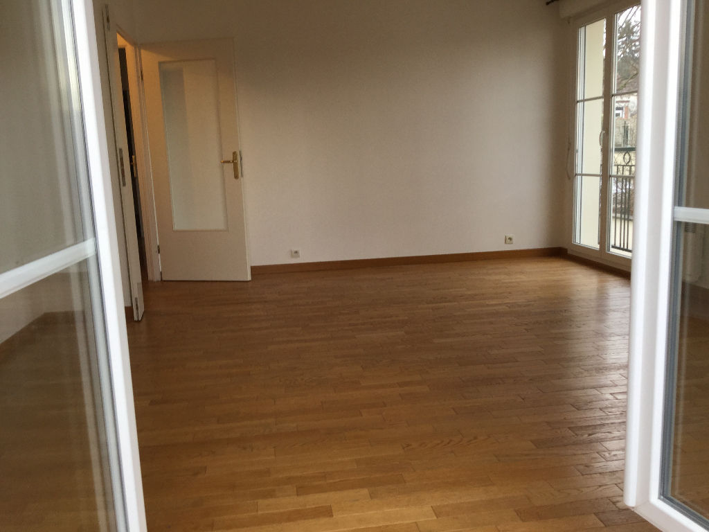 appartement-yerres-3-piece-s-60-42-m2-park-ssol
