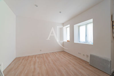 STUDIO CROSNE 15.98 m²